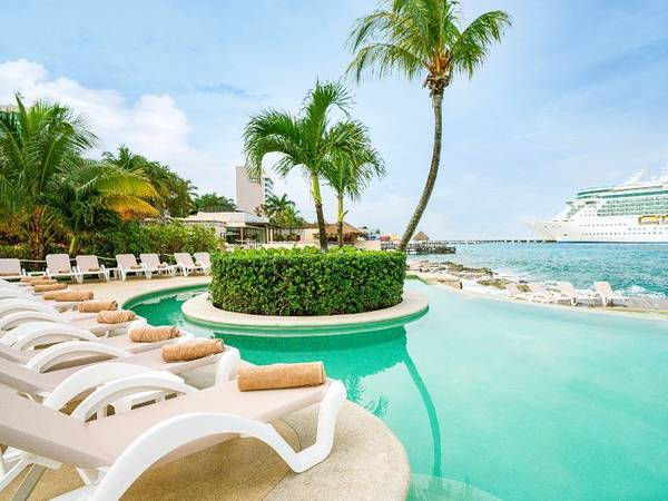 grand park royal cozumel hotel