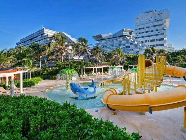 hotel park royal beach cancun
