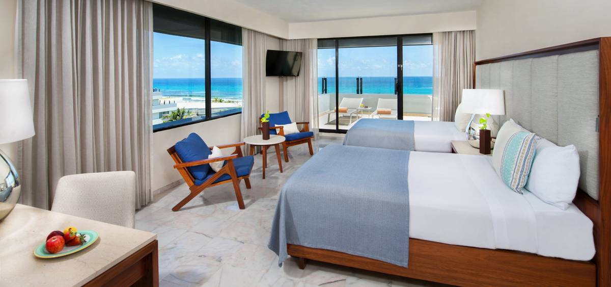 Family suite with terrace park royal beach cancun hotel